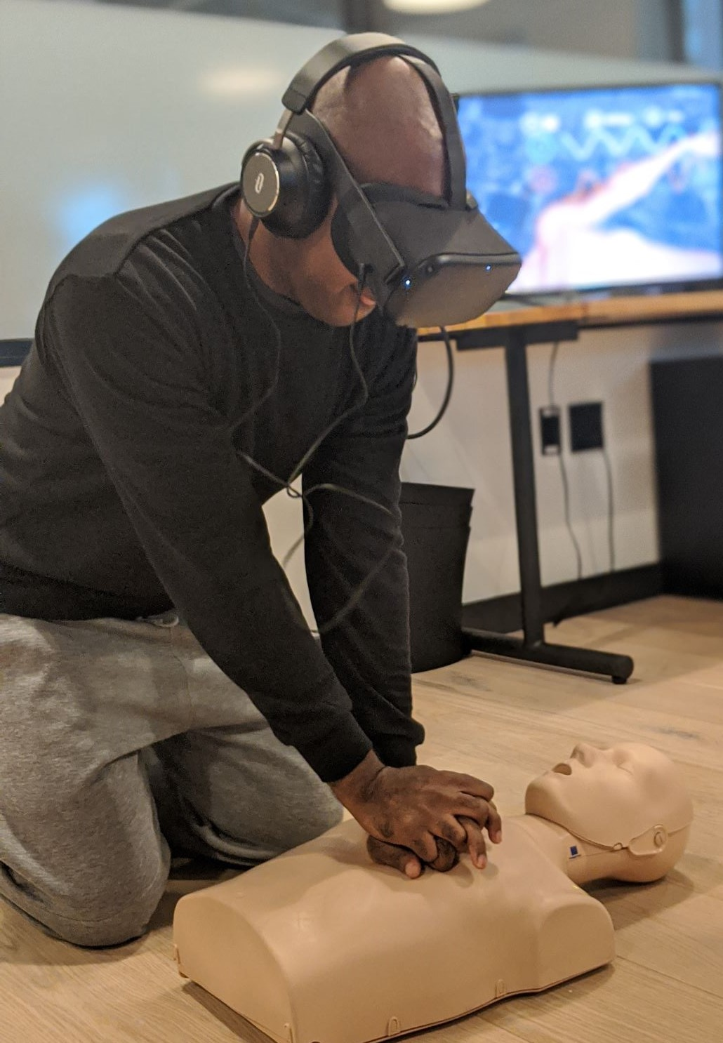 2019 BOND VR CPR Taining Equip 2